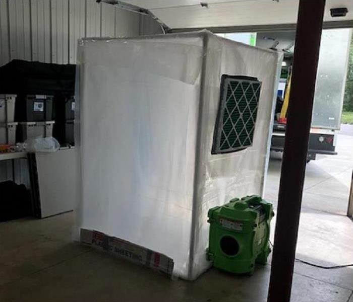 Decontamination Chamber - Mold Removal Des Moines